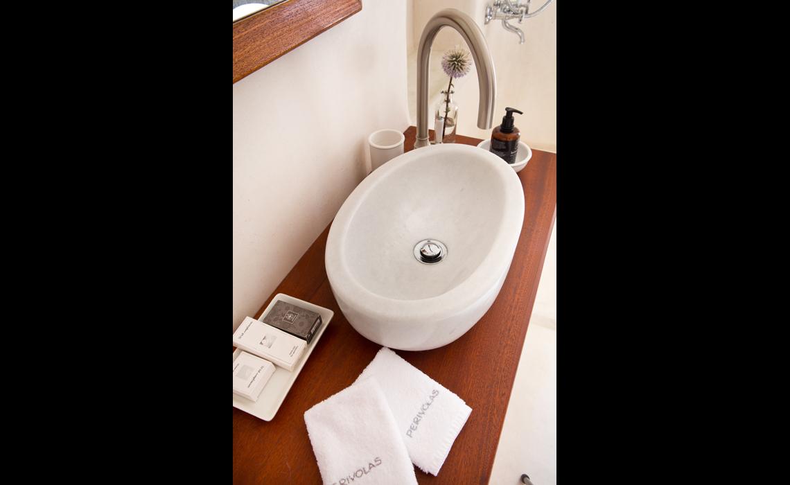 2 amenities 1140×700